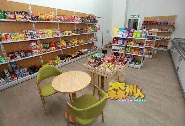 Myhome Fresh Store顾客群来自临近花园住宅区的民众。