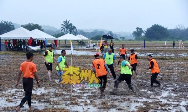 随着我国疫情逐渐恢复,将在今年9月举办新一届稻田足球比赛。