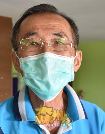 郑先生一周前接获来自卫生局的通知,被安排到来接种疫苗,打了一针不痛不痒。