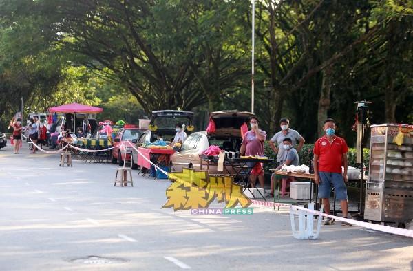 芙蓉市政局已委托各早市管委会负责人通知早市小贩禁止营业,如有早市小贩被发现私下营业,后果自负。