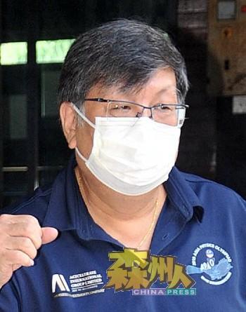 蔡亲炀:这是发生新冠肺炎疫情以来,首位芙蓉中华中学老师不幸染疫病逝。