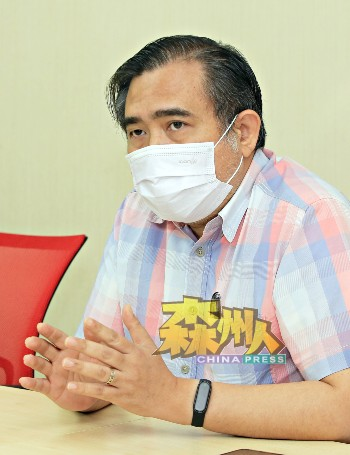 陆兆福:州委会推荐伍薪荣,因他在森行动党最黑暗时期,担任森州州委,并协助森行动党。